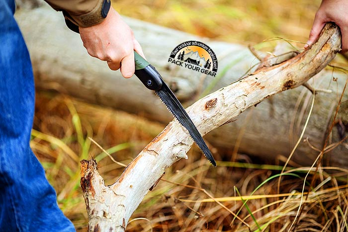 How Does Folding Saw Help In Camping?